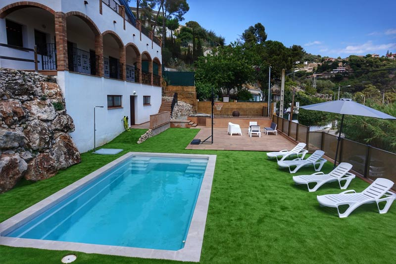 villa santa susanna pool garden